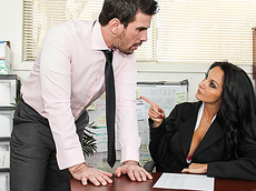 Секс начальницы с подчиненным