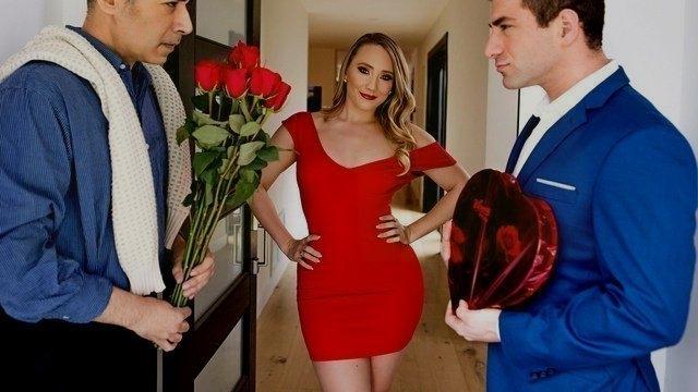 Партнеры идут на член в день святого Валентина а телку в анал будет ебать со...