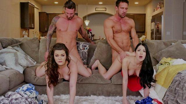 Дочки поднимают хворобливых отцов с дивана суворо с парнями трахаясь