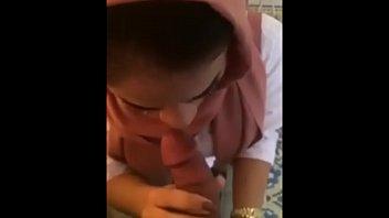 Турецкие юноши обожают шпокаться