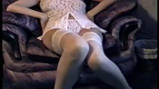 Бабская Мастурбация - Белые Кружева