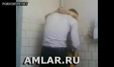 Супруга таджичка наставляет рога супругу на работе с молодым парнем