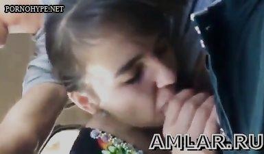 Таджичка сосет член - домашнее порно с телефона